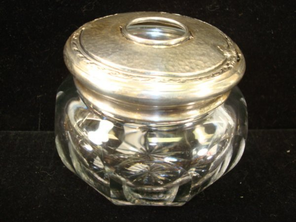 11: Estate CLAIRE BOOTH LUCE Sterling Top Hair Receiver