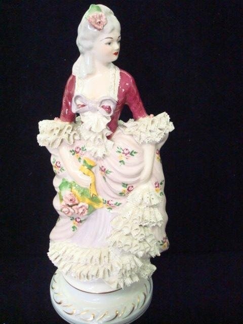 293: 2 CHANTILLY CHINA Porcelain Victorian Figurines: - 4