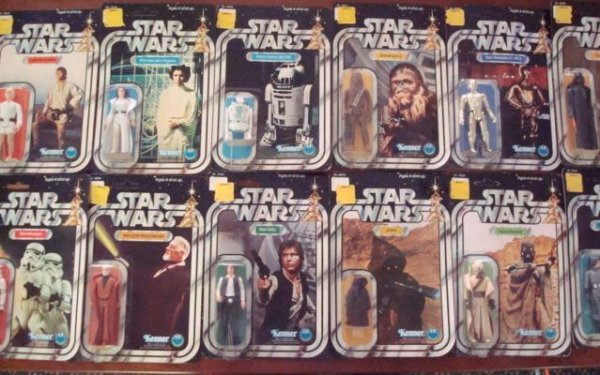 378:  ALL 12 12-Back Star Wars Action Figures, Mint in