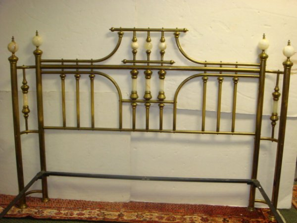 178: BRASS BEDS OF VIRGINIA King Size Ornate Bed:
