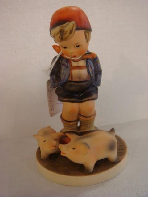 1018: HUMMEL #66 Farm Boy TMK-3: