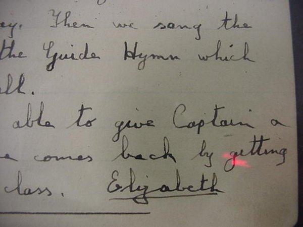 14: Elizabeth II, Queen of England, Autograph
