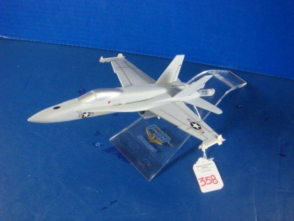 358: Desk Top Model F-18 HORNET McDonnell Douglas: