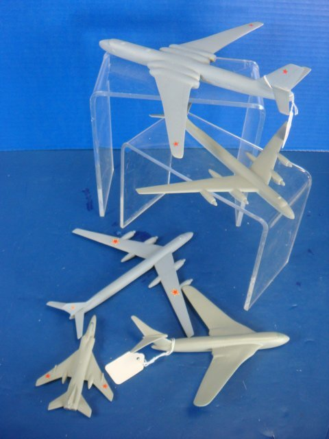 536: 5 Post WW II Air Recognition Models Soviet Bombers