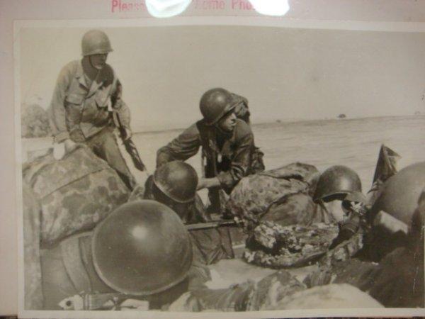 11: 15 ACME TELEPHOTO Pictures of WW II: