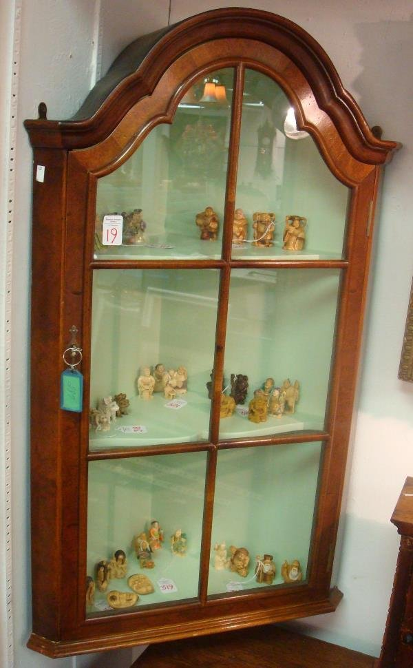 19: YORKSHIRE HOUSE, INC Hanging Corner Wall Cabinet: