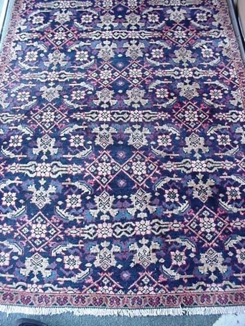966: Hand Loomed Wool Persian Hamedan Rug: