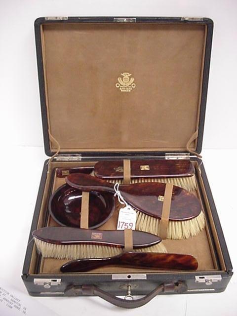 1759: A. De Carlo 8 Piece Tortoise Acrylic Dresser Set: