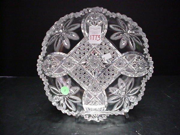 1773: Round Serrated Edge Cut Glass Bowl:
