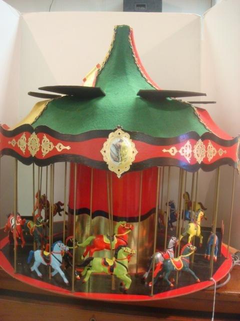 263: Philadelphia SUBA Display Musical Carousel: