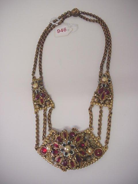 946: Korba Thief of Baghdad Rare Necklace: On