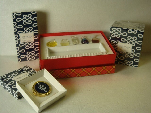 4: ESTEE LAUDER Scented Gift Boxes: