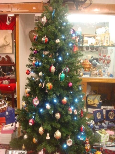 20: Lighted Artificial Christmas Tree with Decorations: