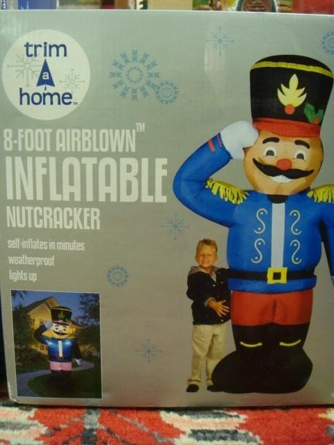 91D: 8' Inflatable Nutcracker: - 3