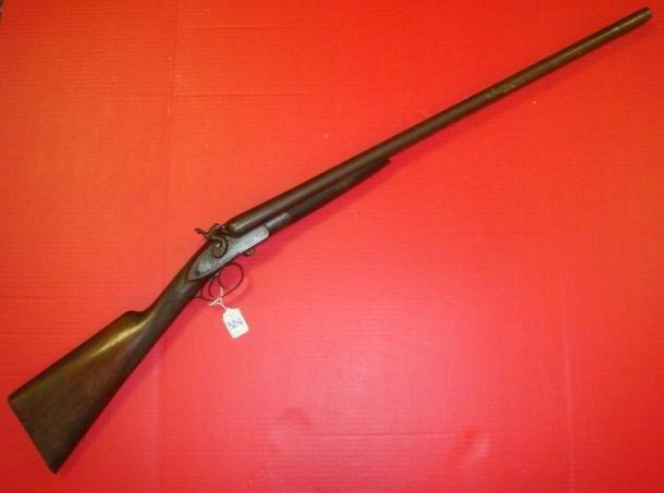 524: J P CLABROUGH & BROS. 10 GA. Double Barreled Shotg