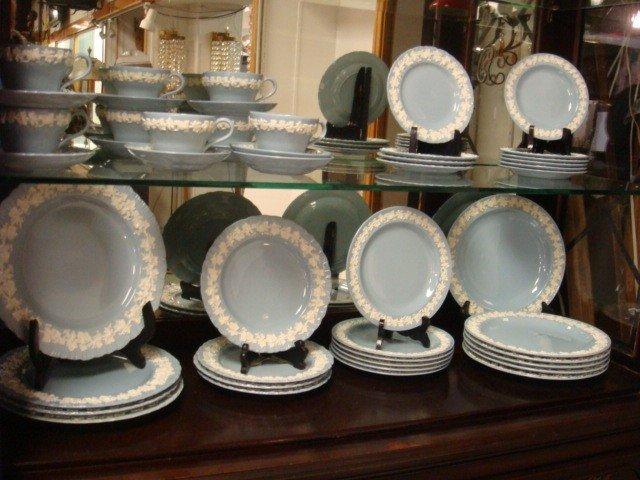 9: 51 Pieces WEDGWOOD Queensware Dinnerware: