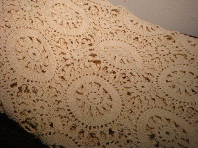 9: String Crocheted Ecru Bed Cover: