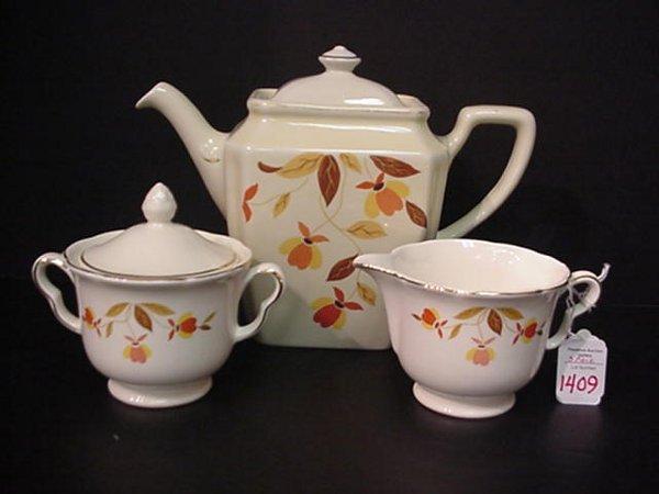 1409: Hall Jewel Tea Teapot, Creamer, Sugar: