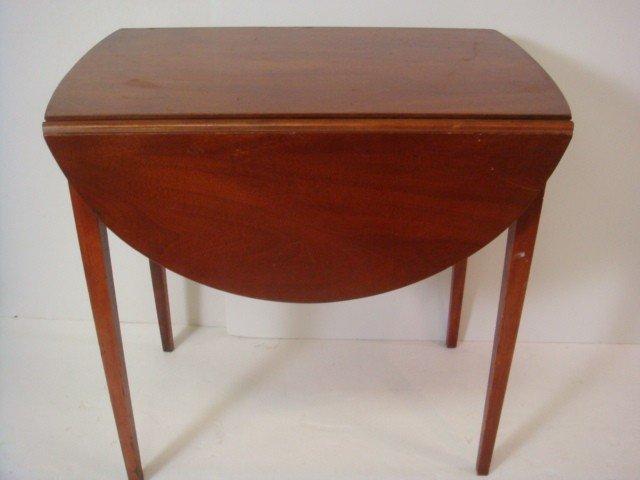 89: MERSMAN Pembroke Single Drawer Drop Leaf Side Table