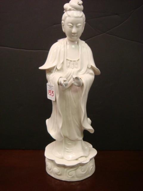 133: Blanc du Chine Oriental Porcelain Female Figurine: