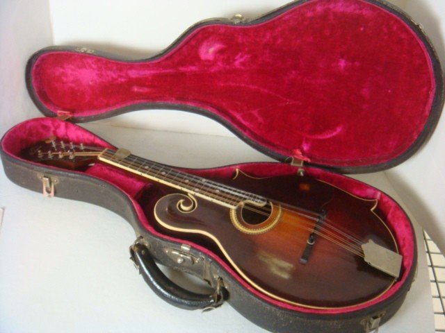 128: GIBSON, Style F2, CA 1927 Mandolin with Case: