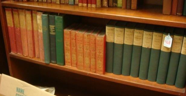 468: Bookshelf, Victor Hugo, Charles Lamb, David Hume: