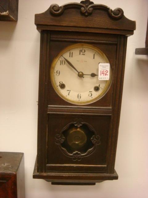 142: Antique Oak Case German Wall Clock: