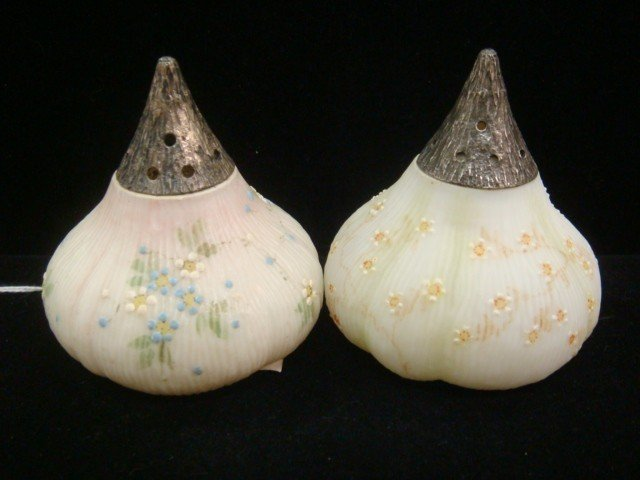 17: Pair of MT WASHINGTON Glass Salt and Pepper Shakers