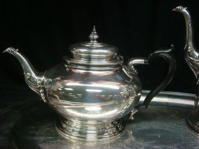41: ONEIDA Heirloom Silver-plate Tea/Coffee Set w/Tray: - 5