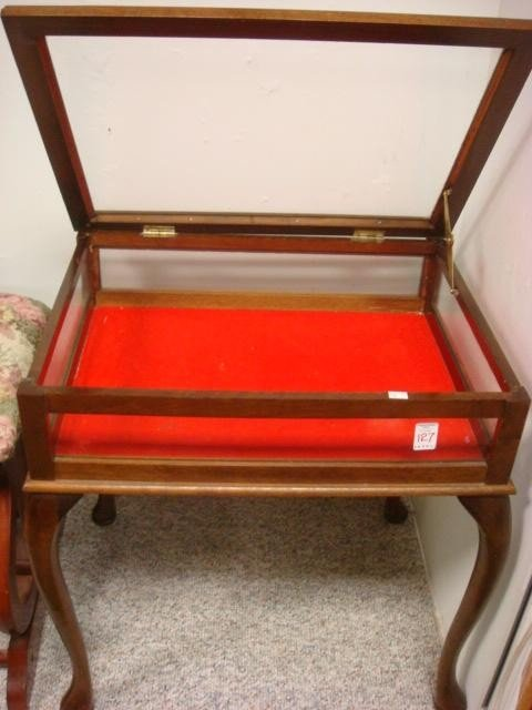 127: Mahogany Queen Anne Glass Display Table: