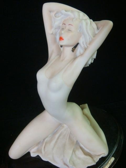 157: Escorpiao De Ouro & Italian Female Compo Figurines - 2