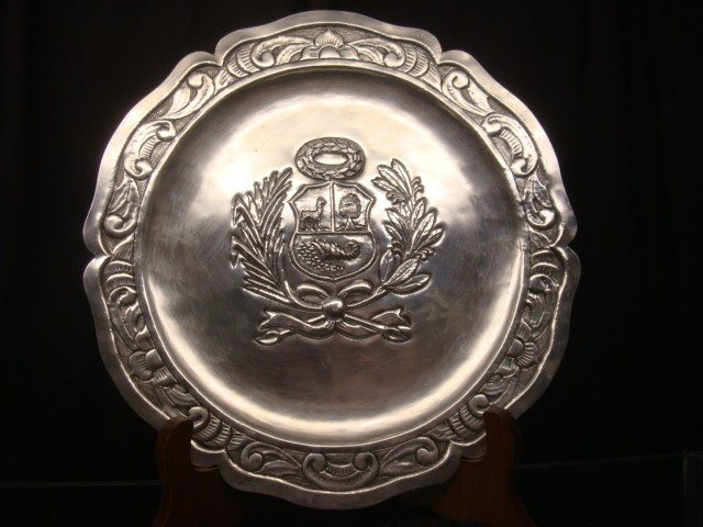187: WELSCH 900 Silver Peruvian Coat of Arms Plate: