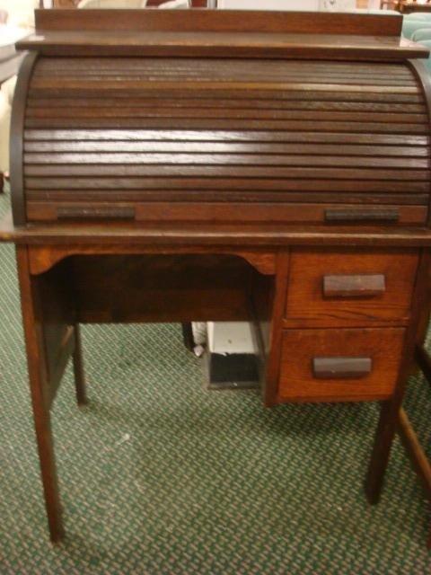 207: PARIS MFG Co.#640 Childs Oak Rolltop Desk with Cha - 2