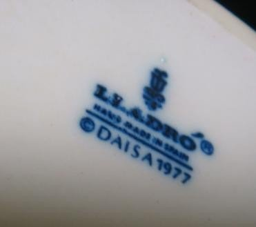 "3: 1977 LLADRO ""Girl with Umbrella"": - 3"