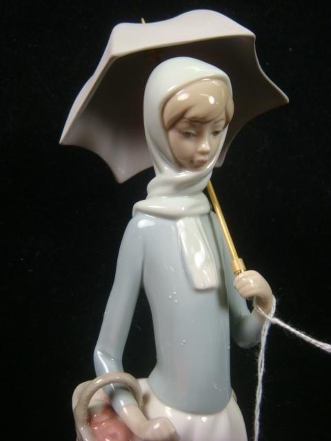 "3: 1977 LLADRO ""Girl with Umbrella"": - 4"