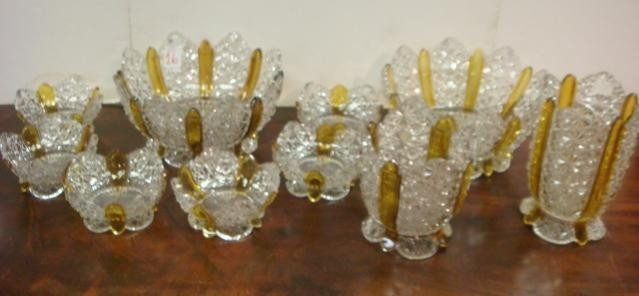 16: Large Ten Piece Set Amberetta Berry Bowls and Vase:
