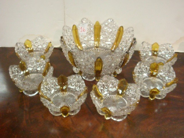 16: Large Ten Piece Set Amberetta Berry Bowls and Vase: - 3