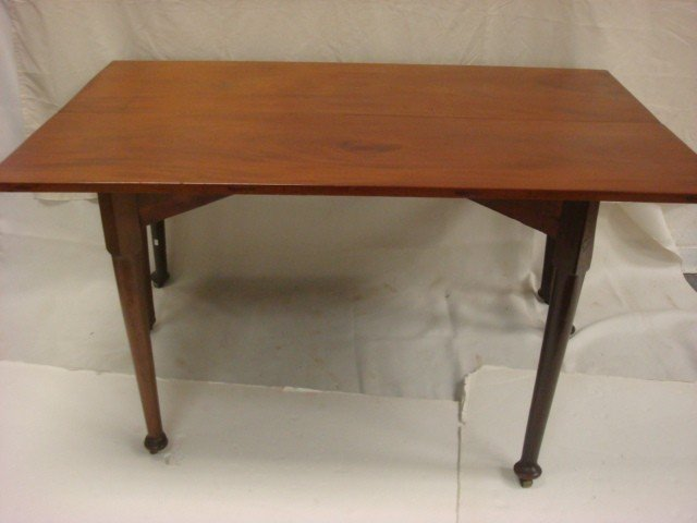 22: 19th C Mahogany Drop Leaf Table: - 3