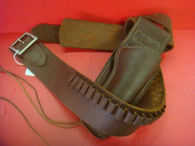 138A: Leather Holster for Colt SAA Revolver: