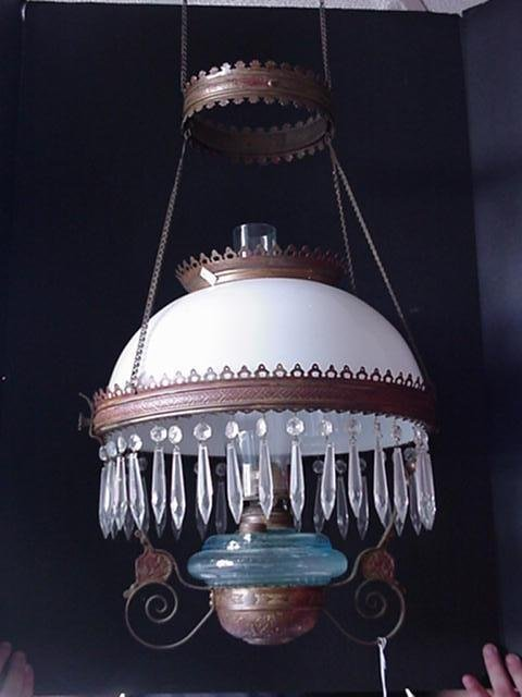 415: Hanging Parlor Oil Lamp with Prisms: