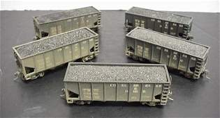 593: Five HO Scale C and O 50 Ton Coal Hopper Cars: