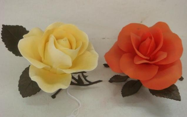 21: Two BOEHM Limited Issue Porcelain Roses: