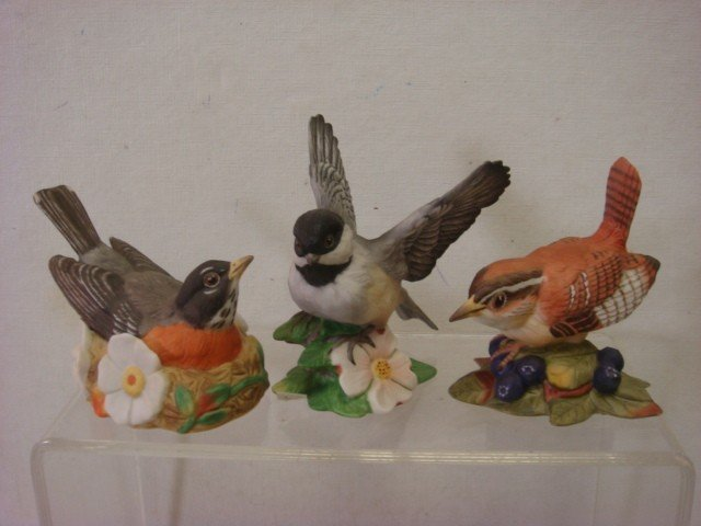 181: Handpainted Retired FRANKLIN MINT Porcelain Birds: - 3