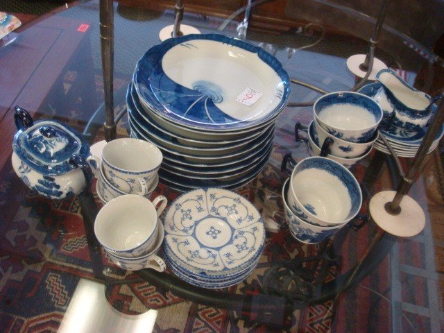 9: Collection of Blue and White Dinnerware: