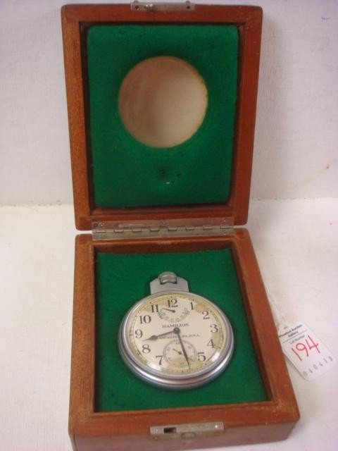 194: HAMILTON Chronometer Watch Model 22 in Wooden Case
