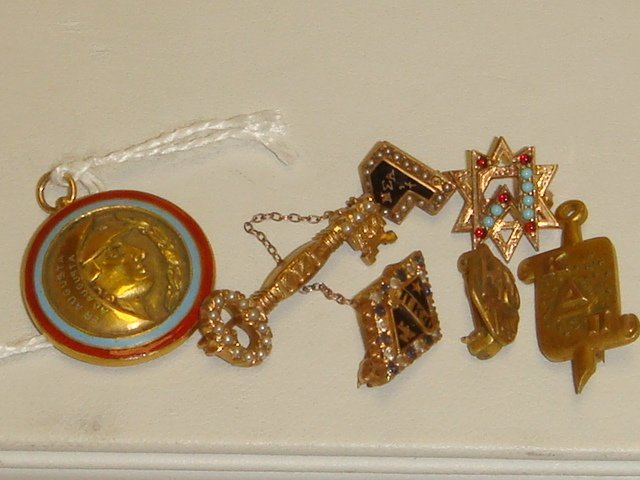 16: 10K and 14K Lapel Pins and Pendant: