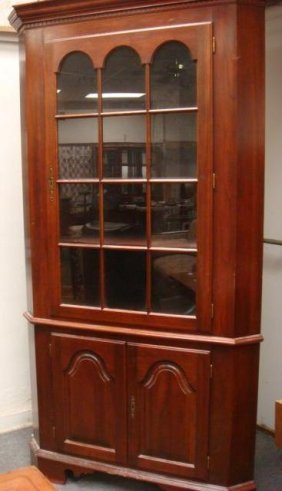 COLONIAL FURNIURE Three Door Mahogany Corner Cabine