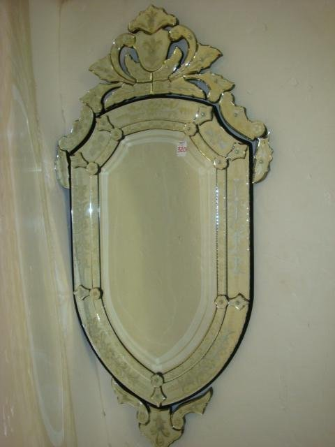 320: Etched Glass Venetian Oval Wall Mirror: