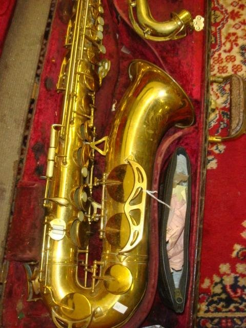 398: 1955 HN WHITE King Zephyr Tenor Saxophone in Case: - 3