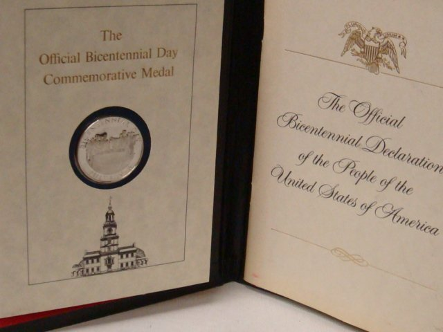 10: Official Bicentennial Commemorative Medal July 4, 7